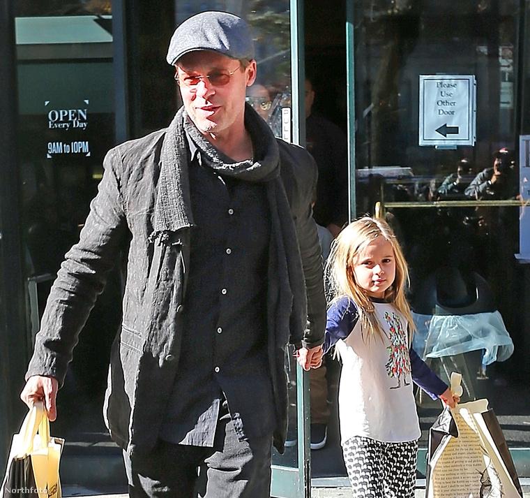 Úgy tűnik sikeres volt a látogatás, Brad Pitt mindenesetre nagyon örül.