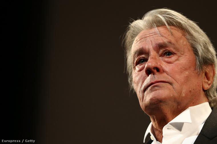 A francia színész, filmrendező és producer 1935 novemberében született