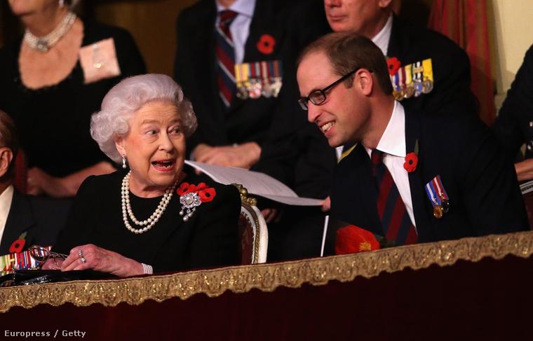 Aminek a királynő nagyon örült