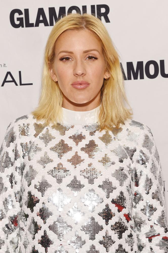 Nem lát semmi furcsát Ellie Goulding arcán? Mintha fel lenne puffadva