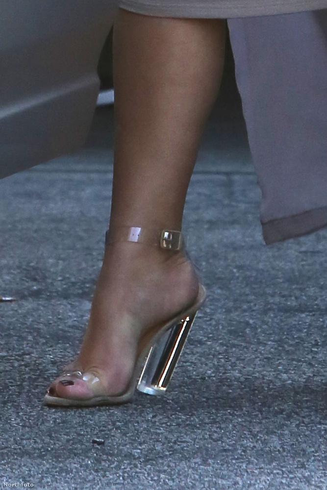 Ahogy ez a cipősarok