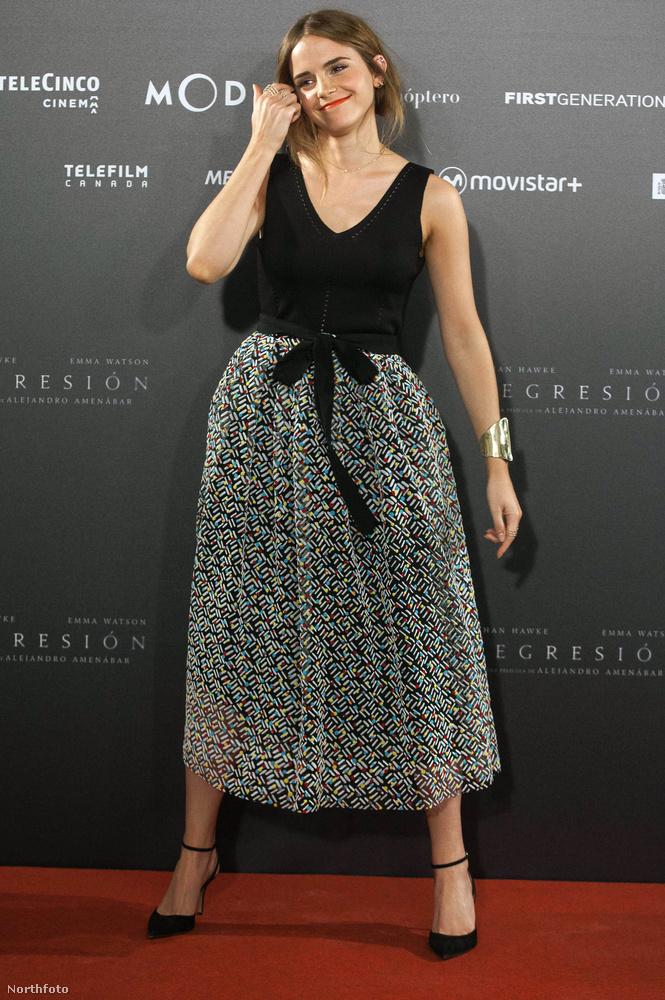 Emma Watson egy spanyol premieren tolt ki magával idén.