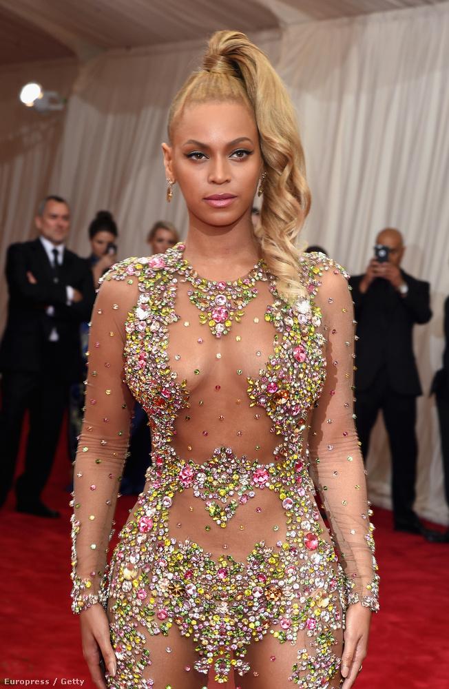 Beyoncé viszont határozottan alágondolta magát ugyanott.