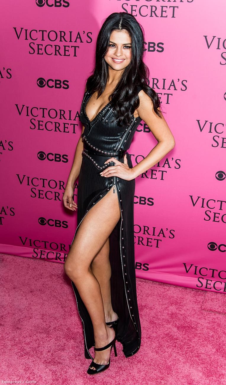 Az énekesnő a Victoria's Secret New York-i divatbemutatóján lopta el a showt