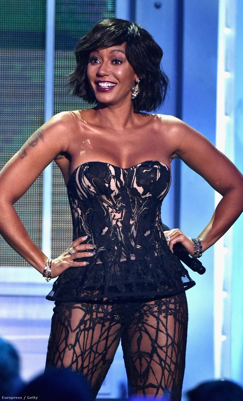 Mel B, az egykori Spice Girls tagja a VH1 Big Music műsorát vezette ebben a szerkóban.