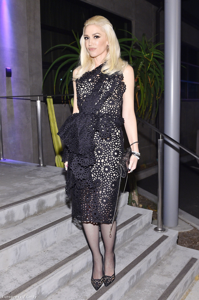 Vagy az épp válófélben lévő Gwen Stefani?