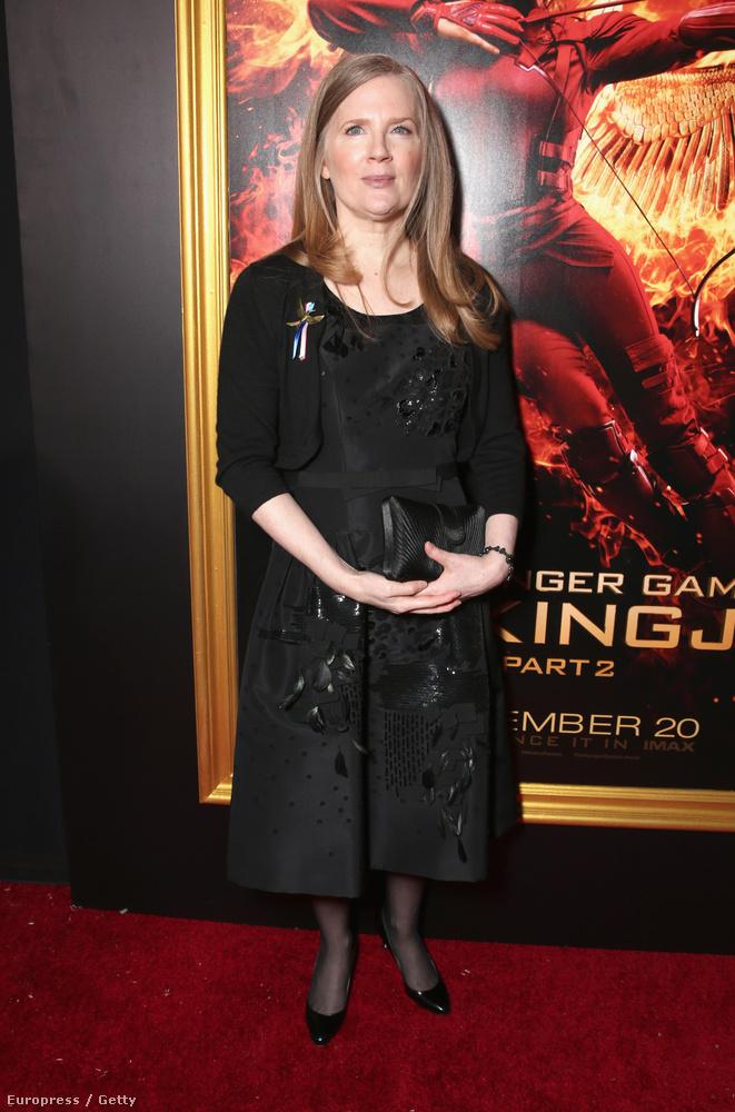Suzanne Collins, a  filmek alapjául szolgáló könyvtrilógia szerzője.