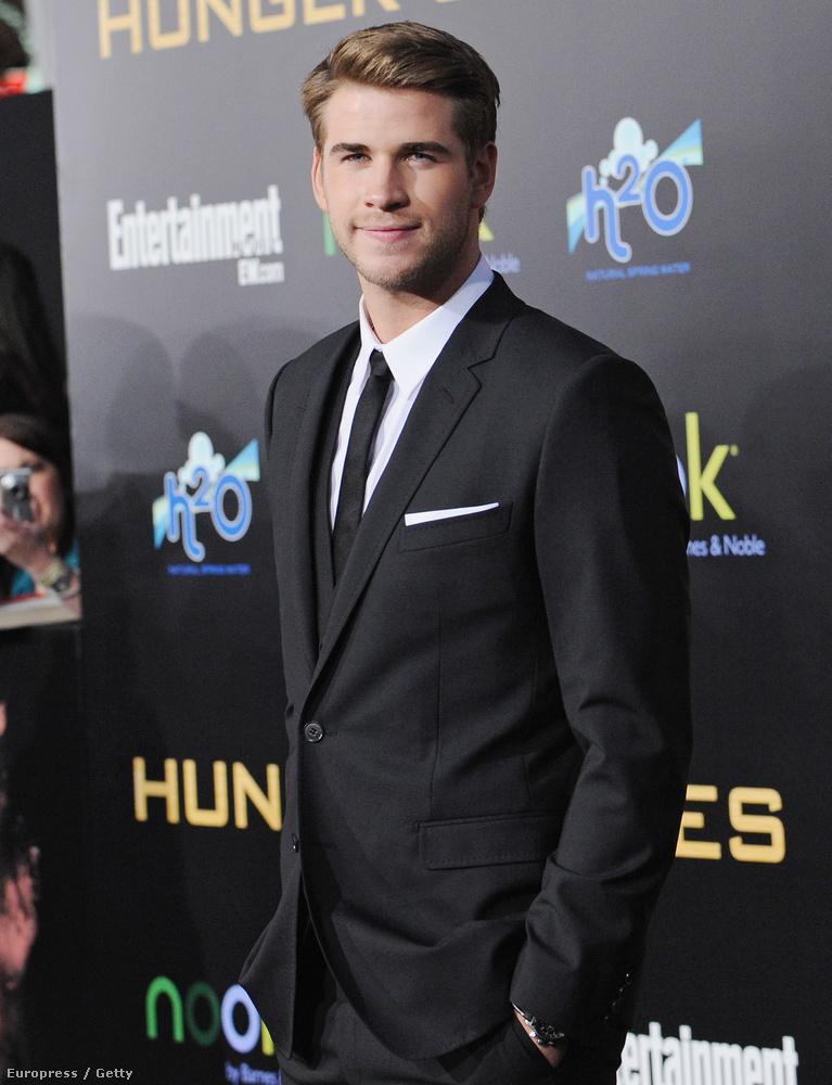 Liam Hemsworth azóta talán férfiasodott egy kicsit,