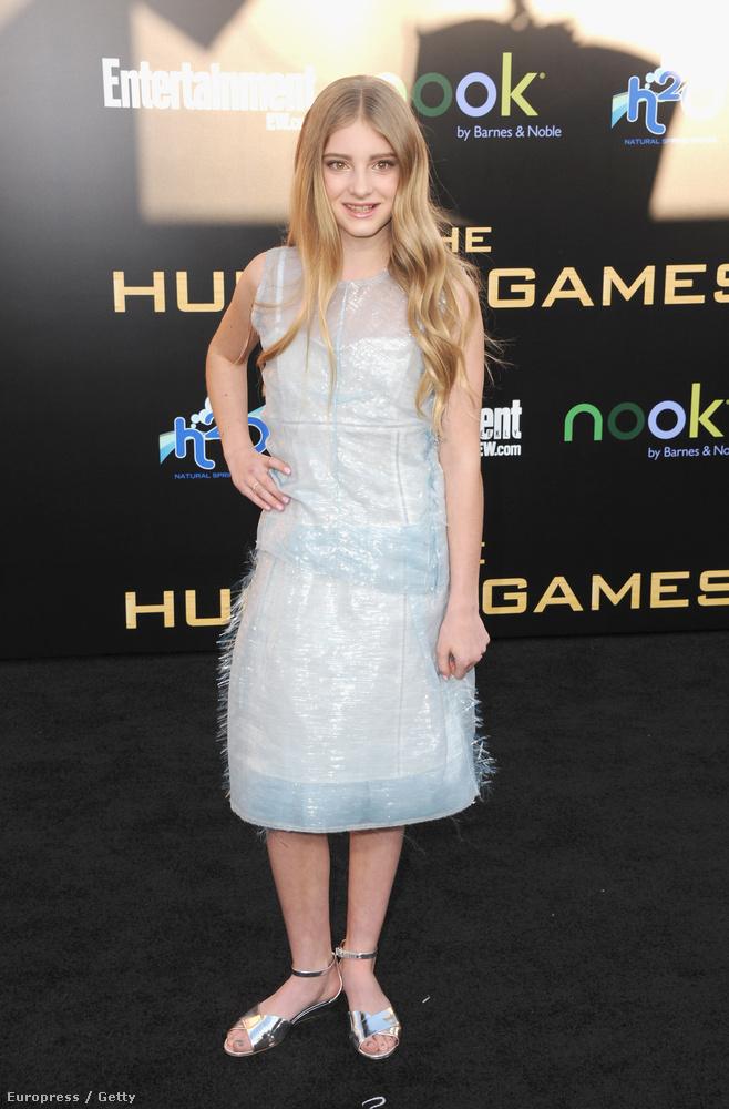 A filmbéli húgát, Primrose Everdeent alakító Willow Shields még gyerek volt - csak tizenegy éves.