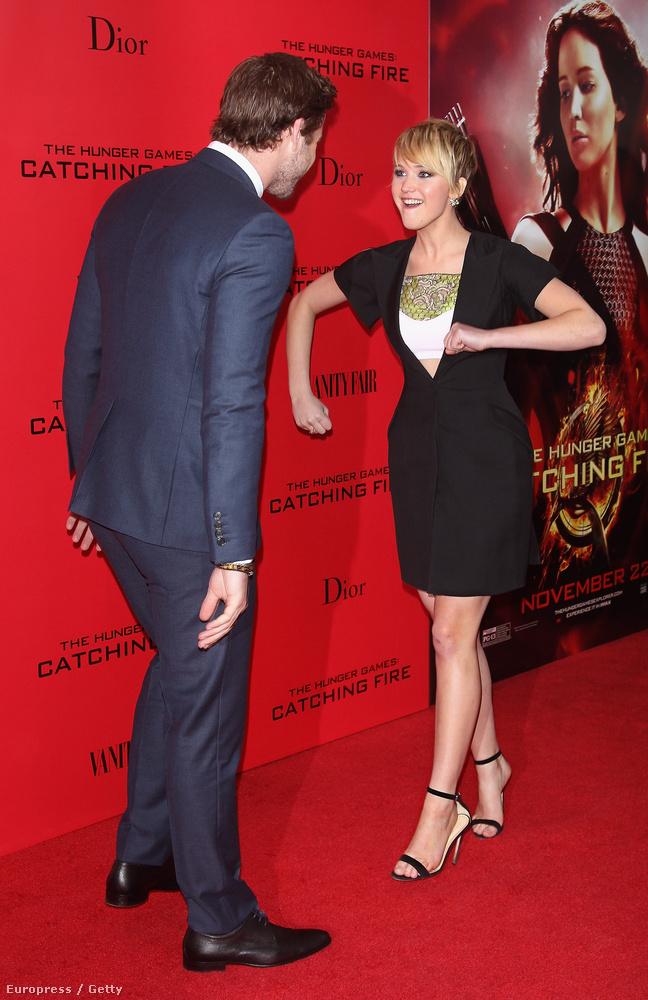 És elindult megverni Liam Hemsworth-t.