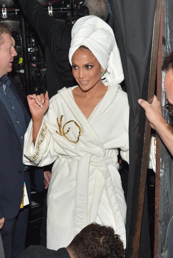 Na, ennyi talán még Jennifer Lopezből is elég.
