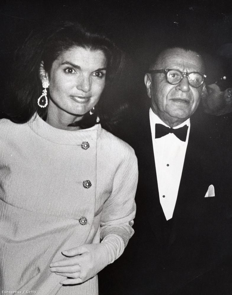 Az első kép, amiért pénzt kapott, szintén Jackie Onassisról készült