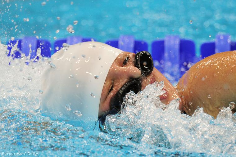 Olga Ikinaga a 2012-es, londoni paralimpián a női 400 méter gyors döntőjében.