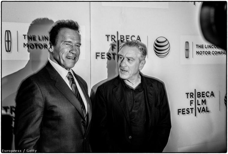 Arnold Schwarzenegger és Robert De Niro a Tribeca fesztiválon.