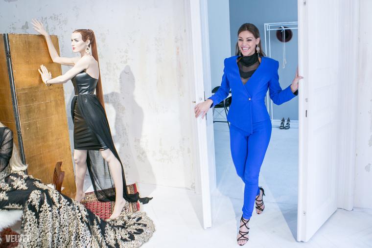 Hanem azért, mert a nemzetközi trendekhez igazodva lassan nálunk is divatba hozhatja a széles csípőt
