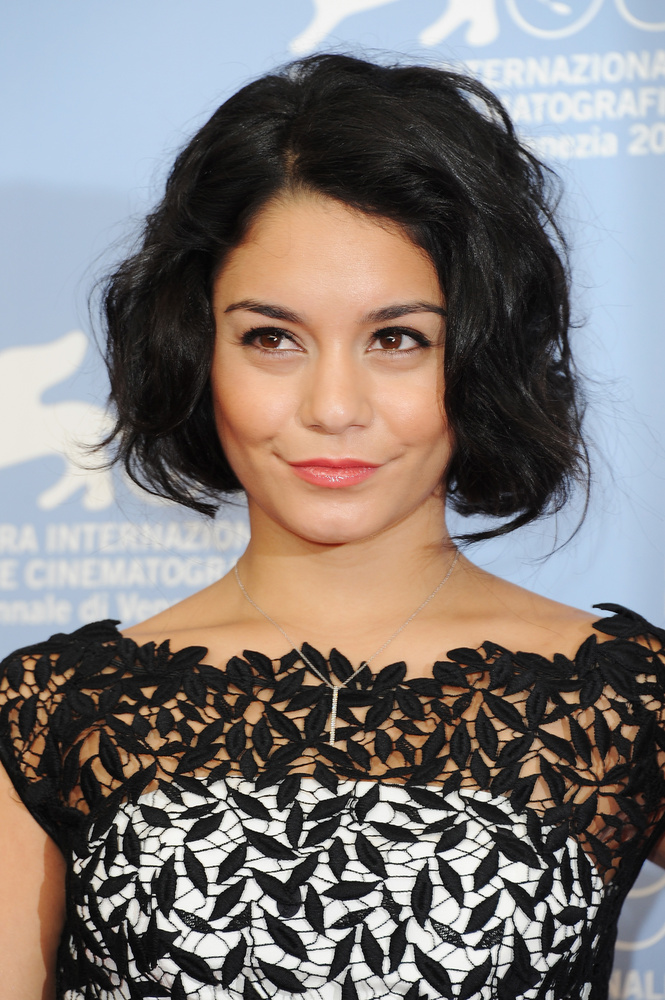 Ha valaki szerint Vanessa Hudgens Selena Gomez testvére lehetne, oké
