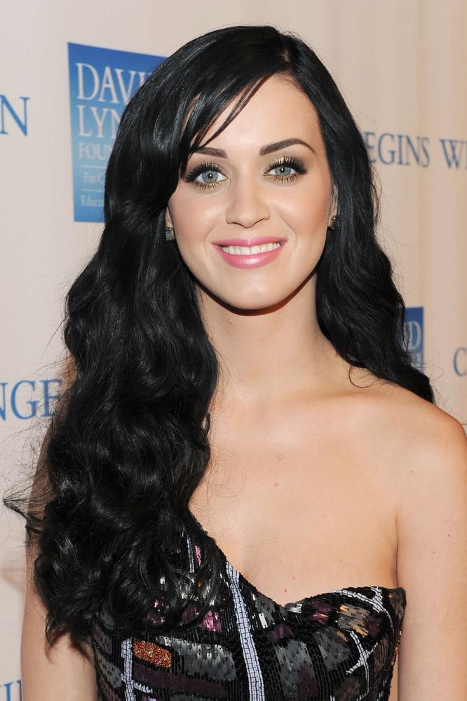 A nagy szemek kategóriájában Katy Perry párja