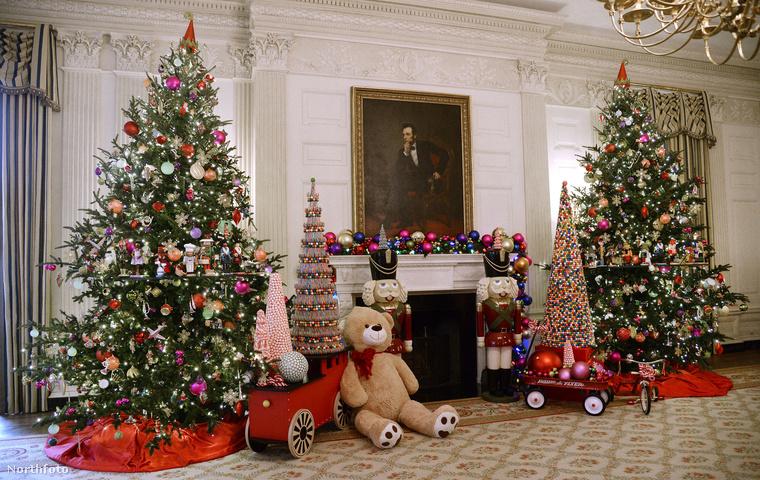 Ha minden igaz, hatvankét fa áll összesen a Fehér Házban.