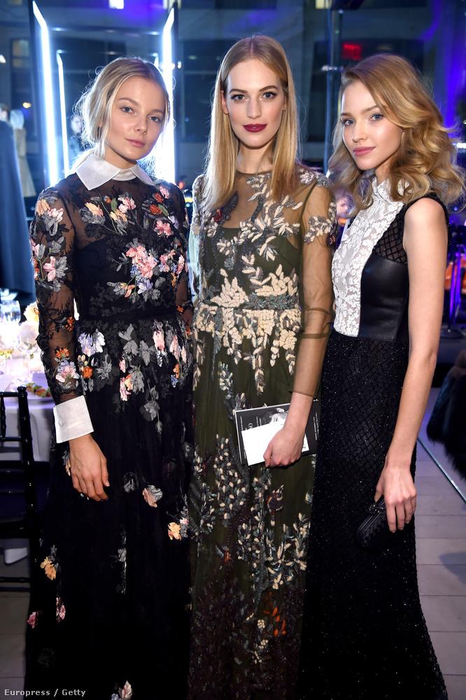 A két magyar modellről itt olvashatnak bővebben, mellettük Sasha Luss látható, ő is modell.