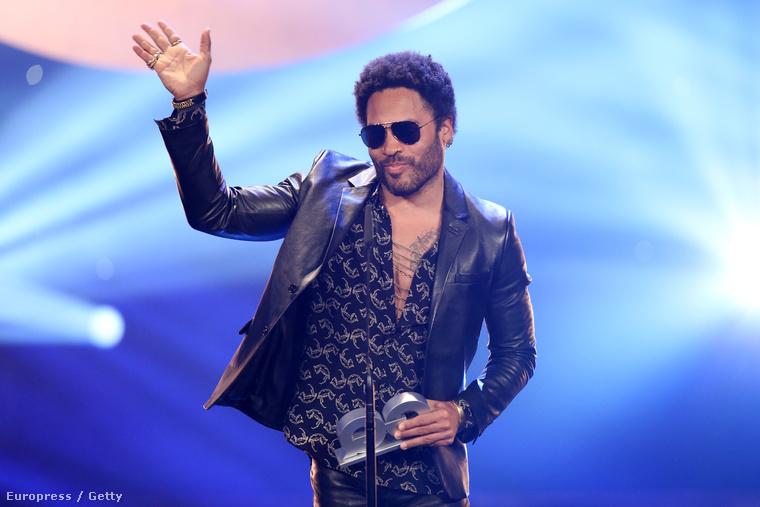 Ugyanis Lenny Kravitz látható rajta.