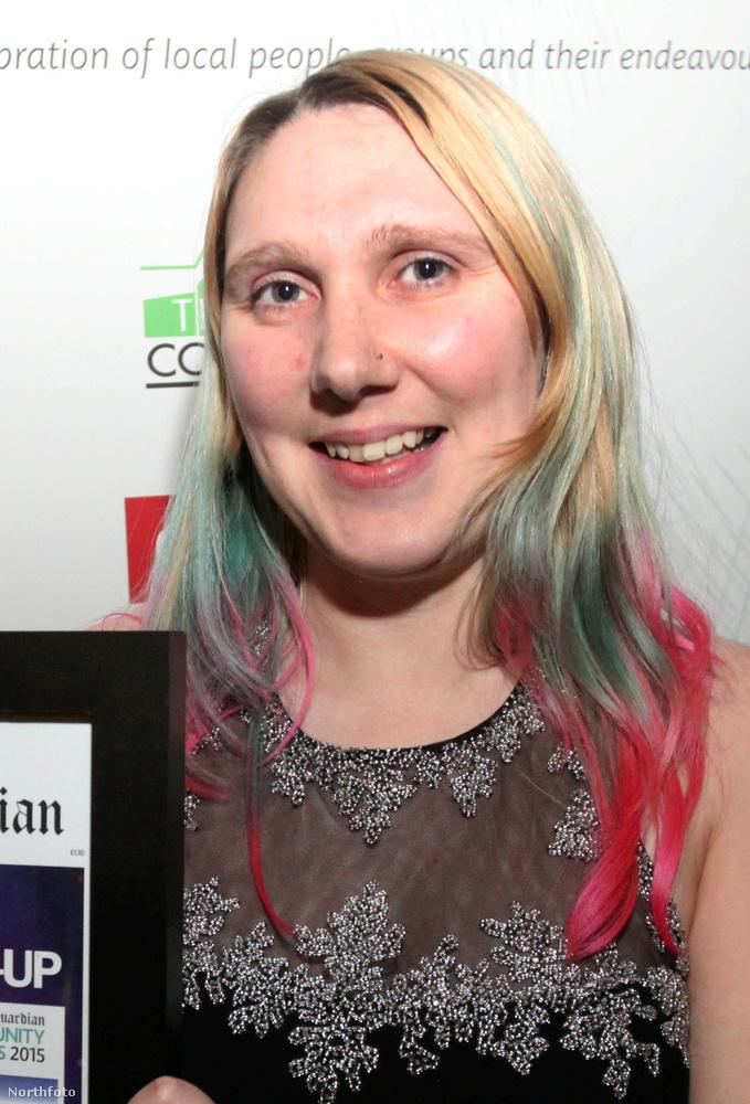 A 32 éves Emma Pearce a brit Channel 5 műsorában mesélt arról, hogy havi állami segélyének egy részét szépségversenyekre költi, és most nem érti, miért háborodtak fel ezen az emberek.