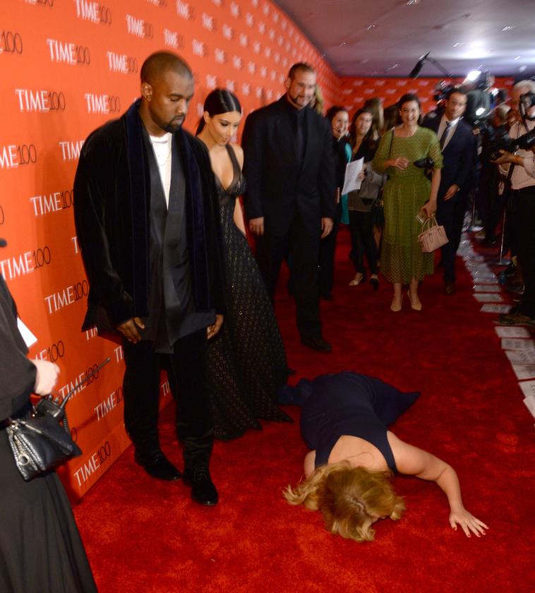 Amy Schumer leborult a Kardashian család előtt