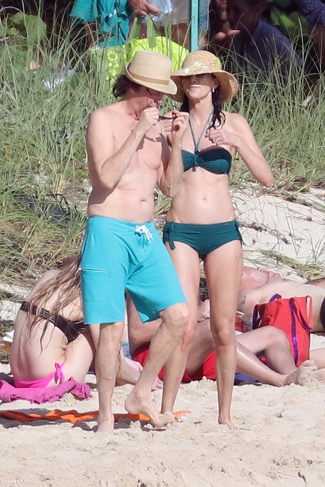 Paul McCartney és neje Saint-Barthélémy szigetén pihenik az ünnepeket és az év végét