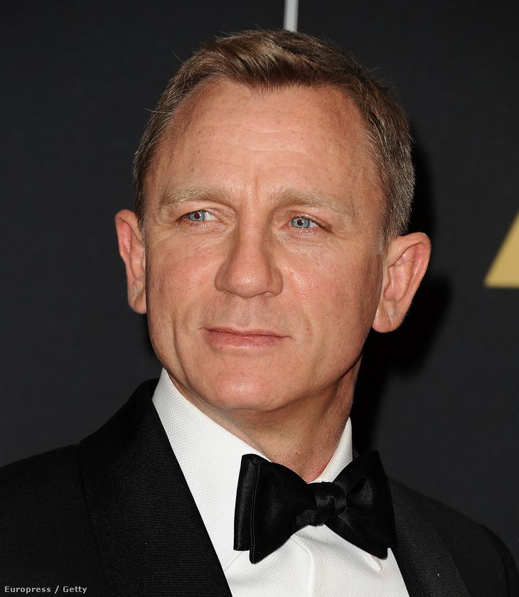 Tudta, hogy Daniel Craig rohamosztagos volt a filmben? Aki bedőlt Rey elmetrükkjének
