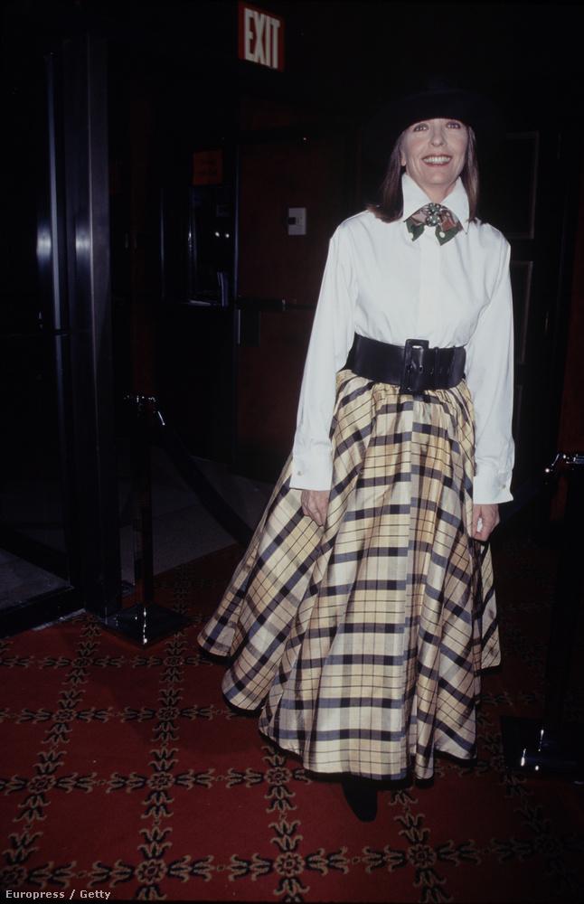 Diane Keaton már 90-ben rátalált a ma is hordott stílusára