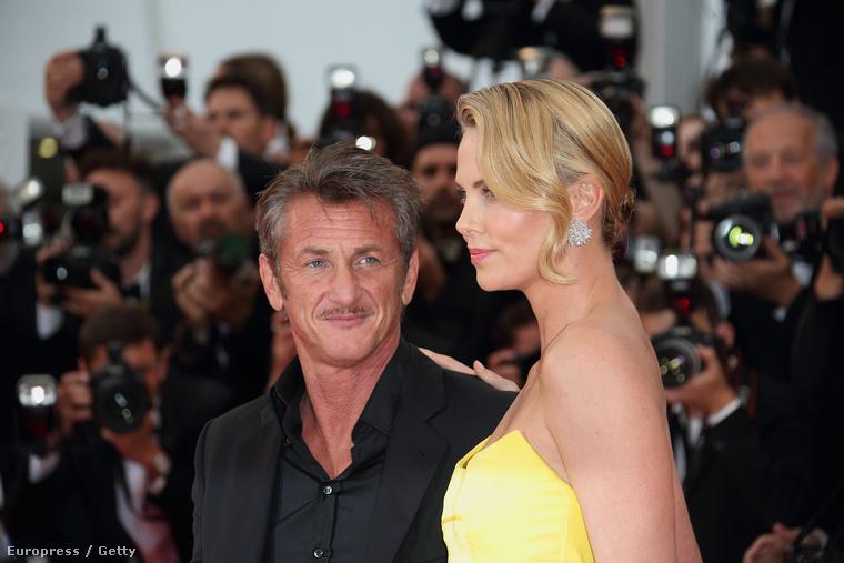 Igazából már Charlize Theron mellett is feltűnt, hogy a színész elég rozzantul néz ki