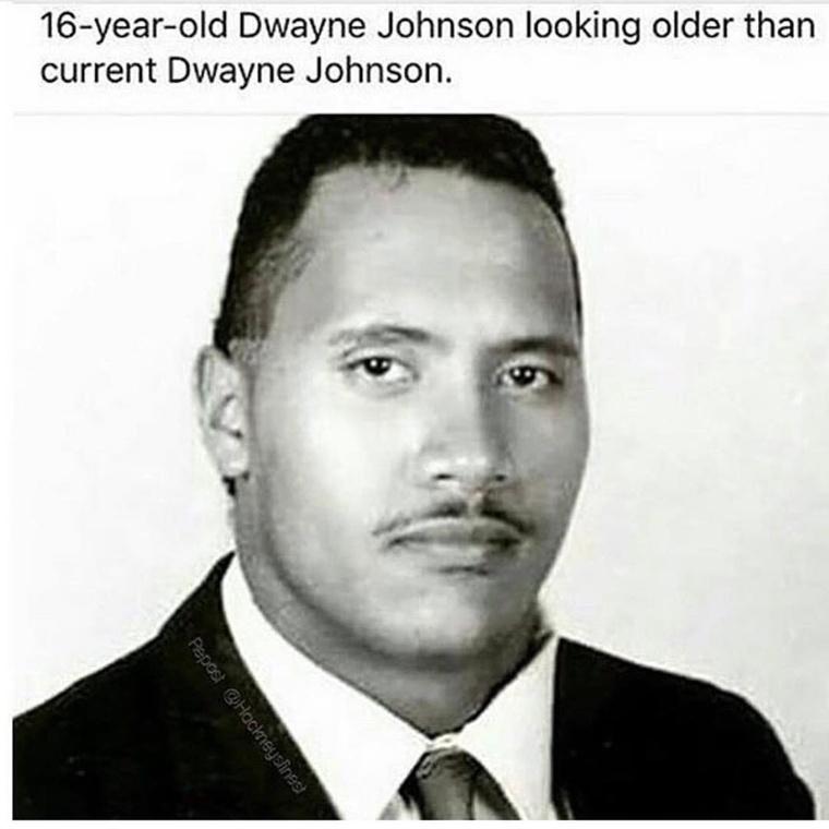 Semmi, csak egy 16 éves Dwayne Johnson.