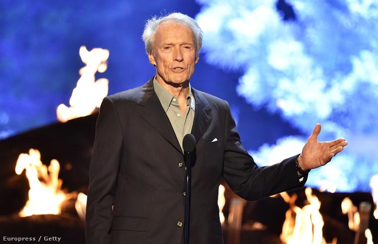 És igen, tudjuk, hogy Clint Eastwood fia még Schwarzeneggernél is ezerszer dögösebb