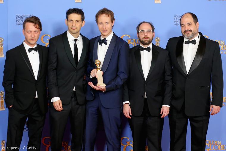 Ebben a galériában az idei Oscar-díjra jelölt színészeket tekintheti meg (kivéve ezen a fotón, hiszen ezen a Saul fia című magyar film Golden Globe-győztes alkotóit látja - őket is jelölték!)