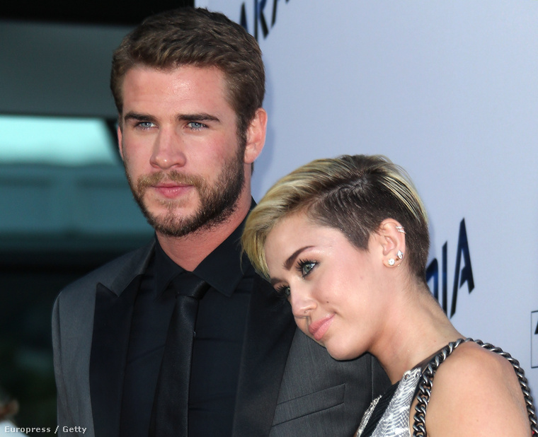 Kisebb sokkot kaptunk, hogy Miley Cyrus és Liam Hemsworth újra együtt vannak.