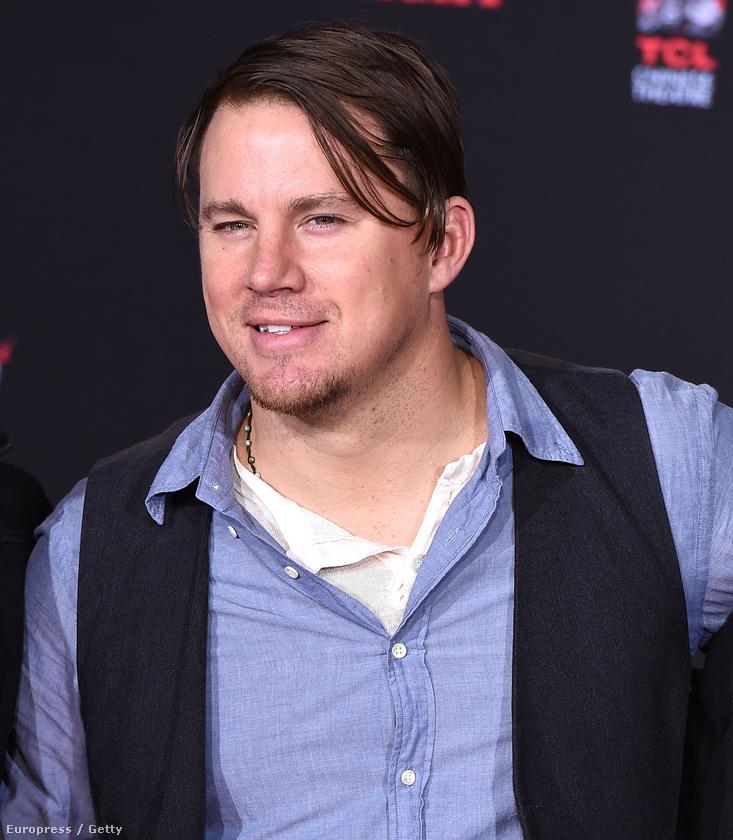 Félre a pompával!Channing Tatum haja beriasztott a divatrendőrségen.