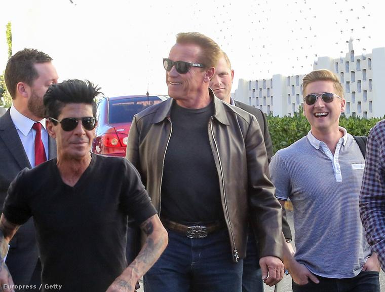 Ön szerint Arnold Schwarzenegger mitől ilyen vidám?