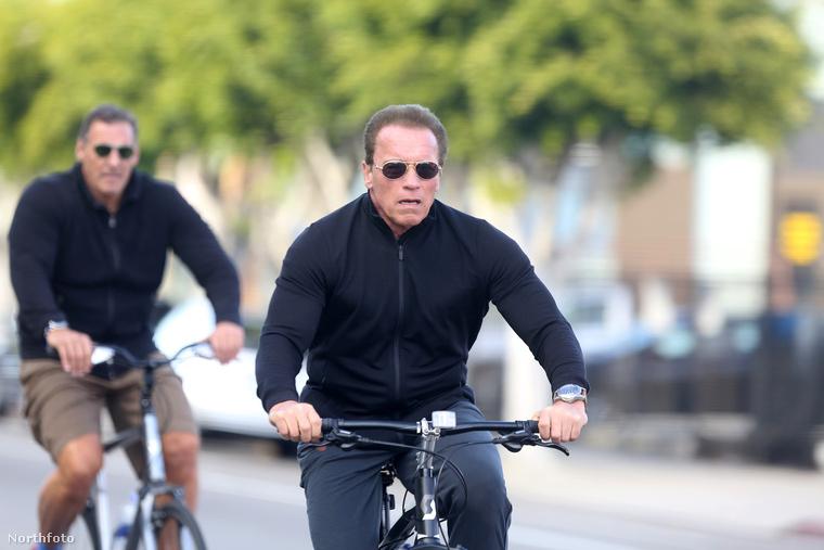 A biciklije már nem ennyire gyors, de legalább olyan menő