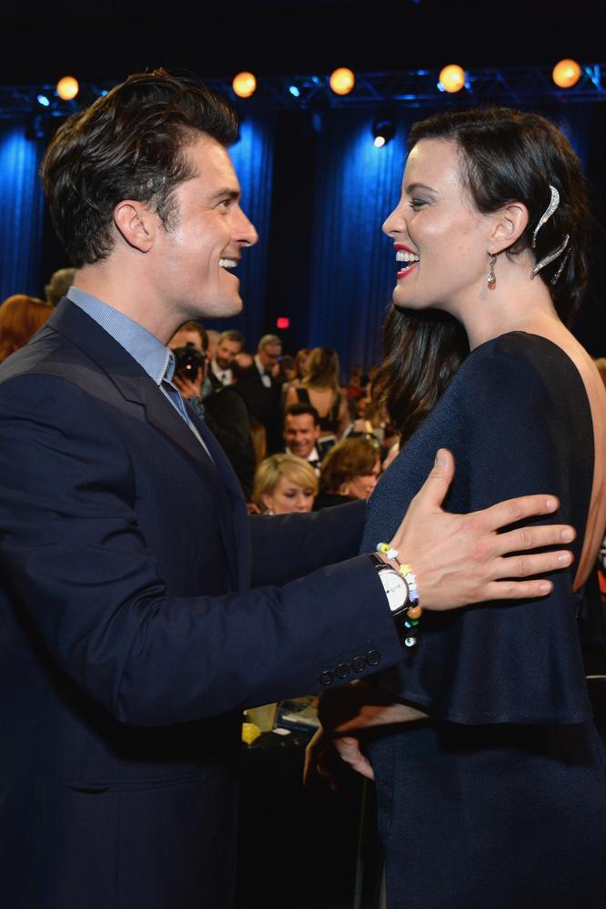 Legutóbb a Critics' Choice Awardson derült ez ki, ahová szemtanúk szerint hölgytársaságban, sőt, partnernőjét kézen fogva érkezett