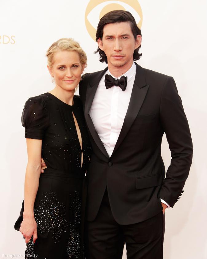 2013-ban vette feleségül barátnőjét, Joanne Tuckert