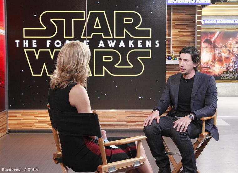 ...hogy ő alakítja az új Star Wars-film főgonoszát, Kylo Rent
