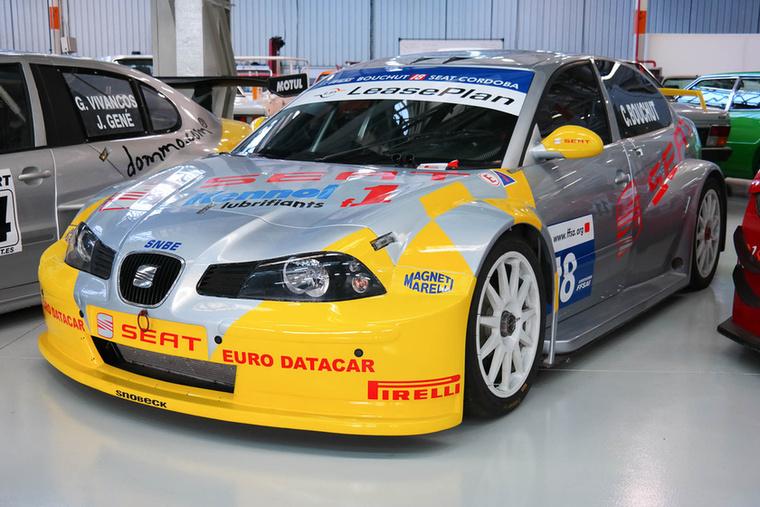 A francia FFSA GT-bajnokságban ment ez a Cordoba, döbbenetesen jól néz ki.