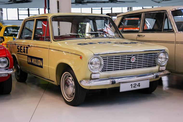Egészen Fiat 124-es, amely minden más piacon sikeres volt, kivéve Olaszországot.