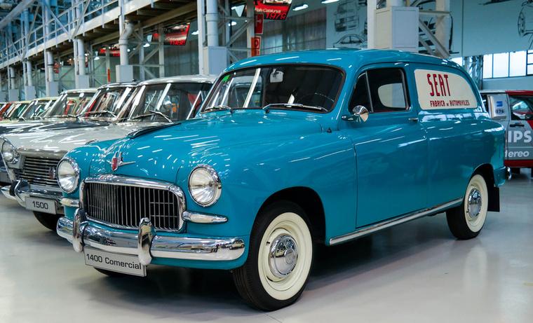 Sok változat készült az 1400-asból, például furgon is.