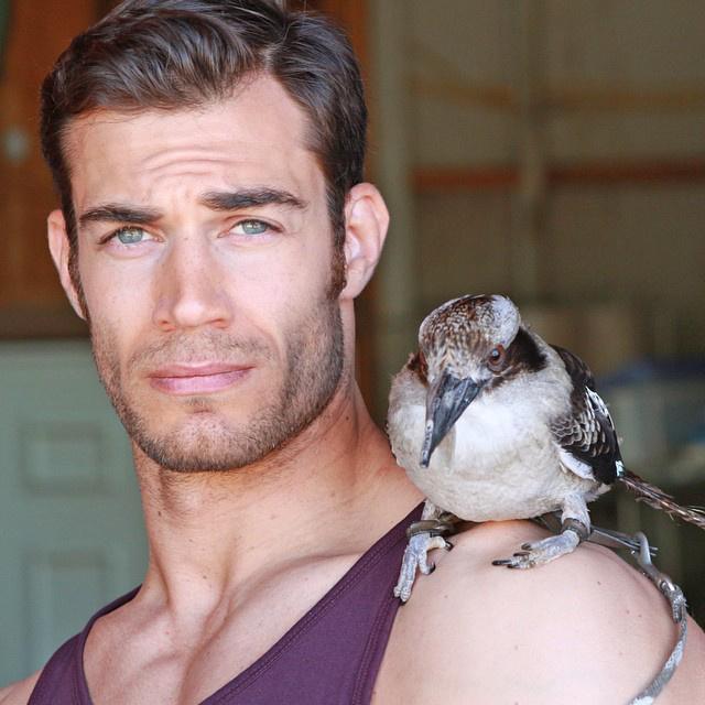 A kaliforniai Evan Antin modellből lett állatorvos
