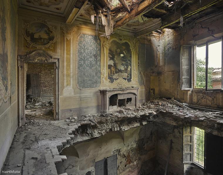 Bathoryt 1014-ben Clapham Art Prize-zal díjazták.