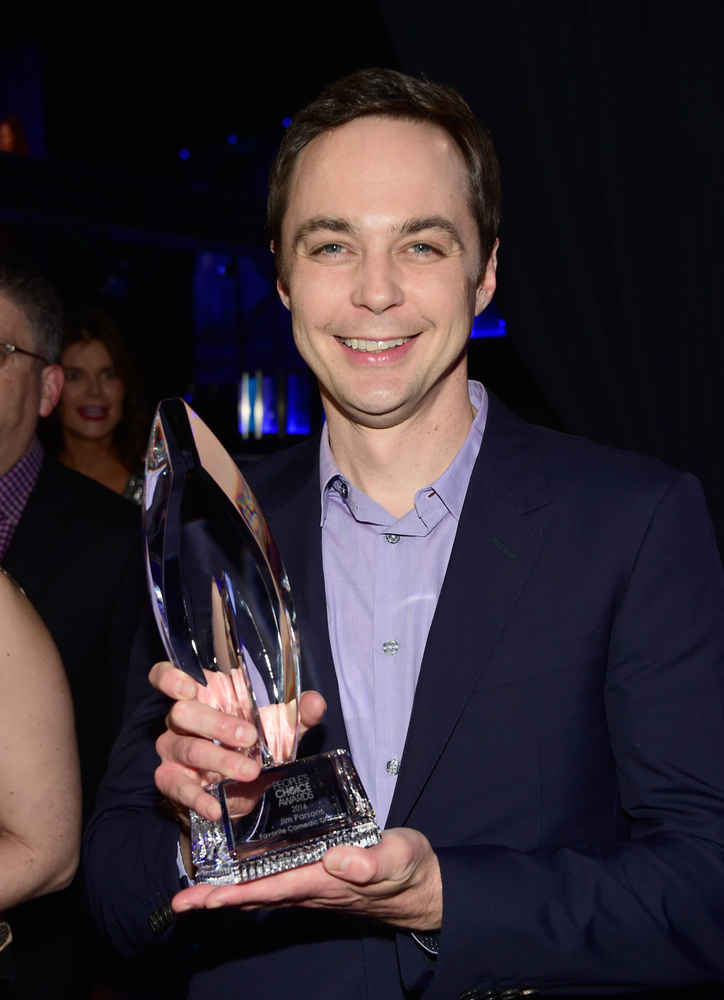 Jim Parsons az Agymenők Sheldonja pontosan 42 éves, lassan 43