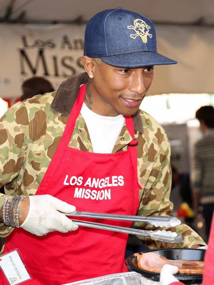 Pharrell Williams ugyanez a kategória
