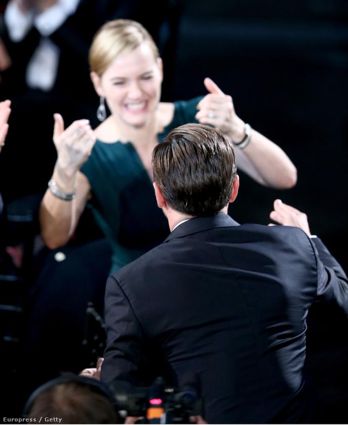 A hétvégén megtartott SAG Awardson Winslet például annyira izgult DiCaprio jelölése és nyerése miatt, hogy arra nem is számított, hogy végül ő is díjat kap a Stev Jobs-filmért