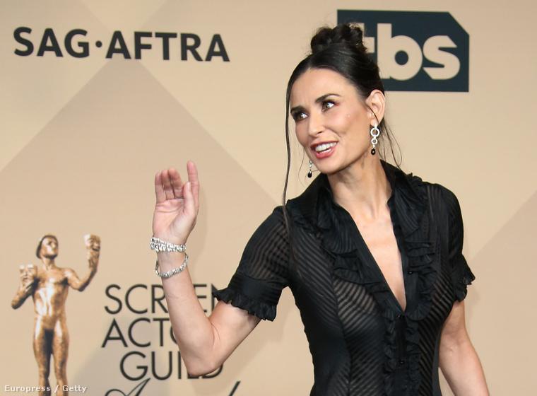 Még úgy sem, hogy a színésznő már 53 is elmúlt
