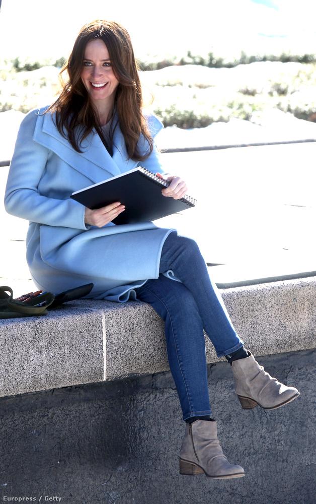 A 35 éves brit színésznő nemrég jelentette be, hogy gyereket vár.